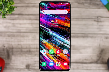 Blur Background Control - Tips on How to Change the Display of Recent Apps, Blur Background, Pop-up Folders & Latest Gestures in Home Up 2021